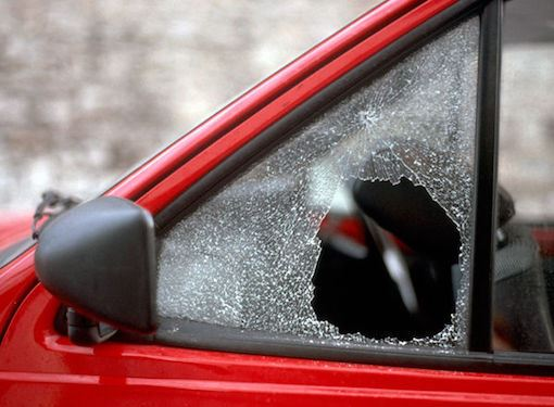 tips-theft-broken-car-window